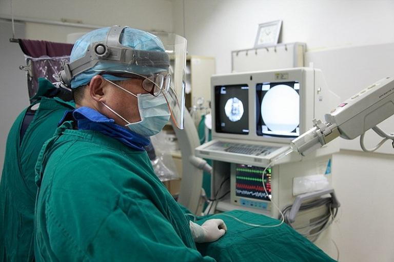 Cách điều trị bệnh trĩ hỗn hợp bằng laser