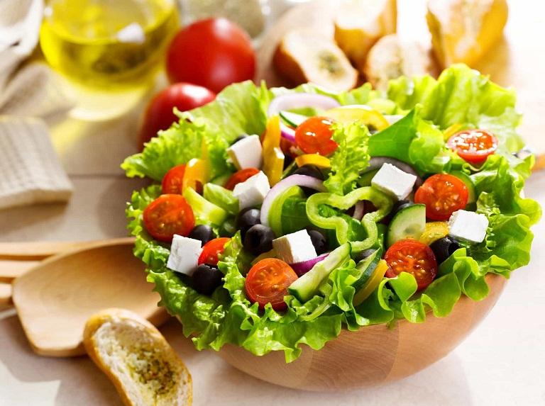 Bị bệnh trĩ nên chú trọng đến vấn đề ăn uống