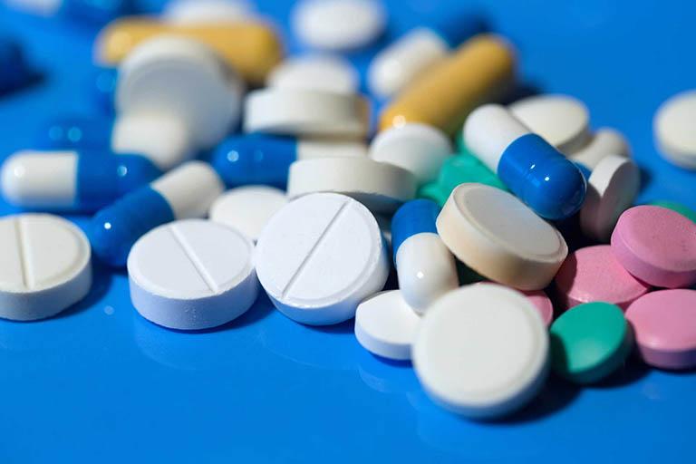Thuốc tây chữa bệnh trĩ ngoại