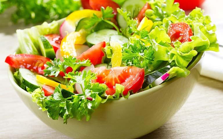 Ăn nhiều rau là cách phòng chống bệnh trĩ