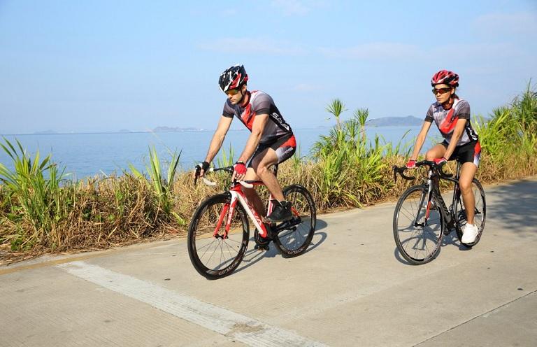 đạp xe đạp thường xuyên là thói quen gây bệnh trĩ