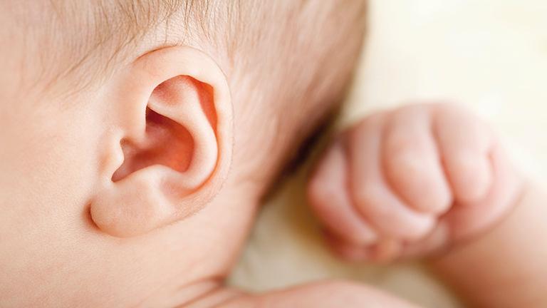 viêm tai giữa là gì