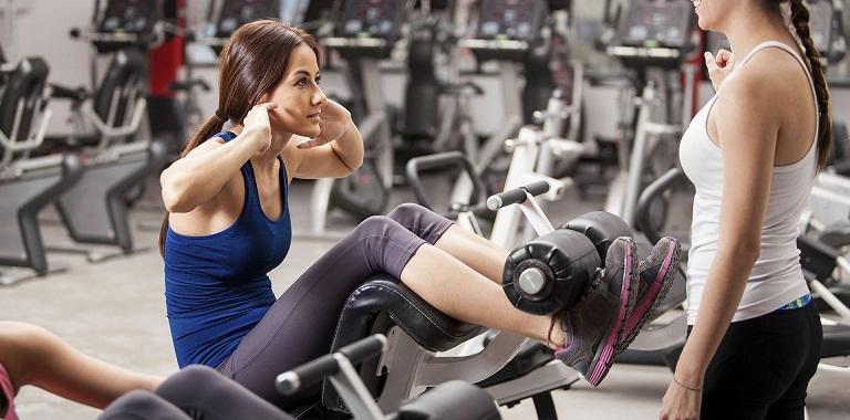 Đau khớp gối có nên tập gym?
