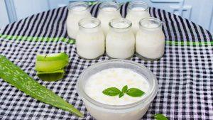 trị dị ứng da mặt bằng sữa chua