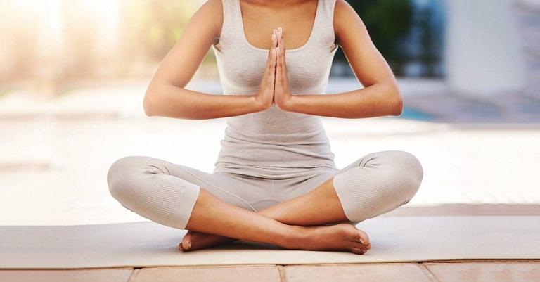 Đau thần kinh tọa có tập yoga được không?