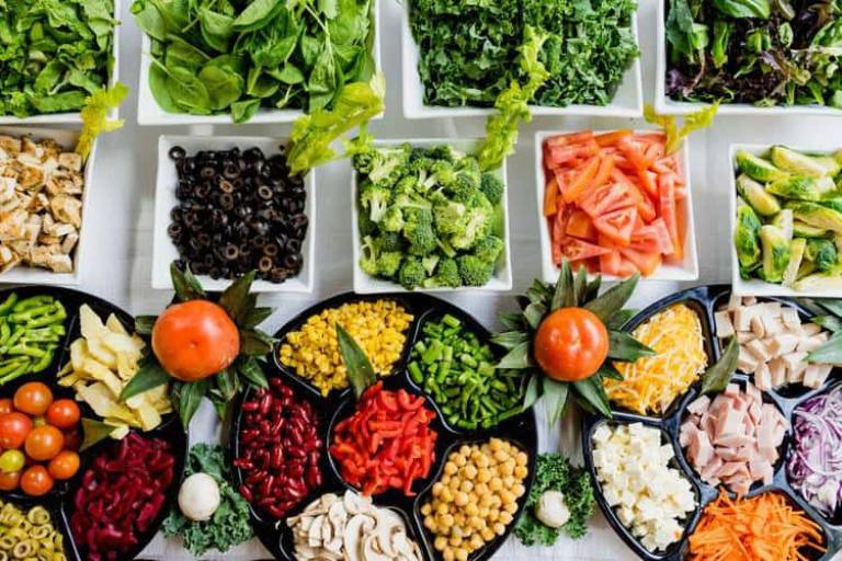 Đau thượng vị nên ăn nhiều rau củ quả tươi