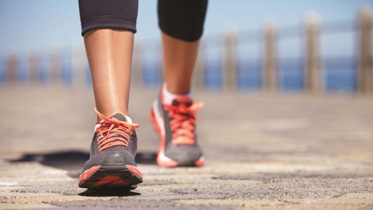 tập thể dục như thế nào khi bị thoái hóa cột sống