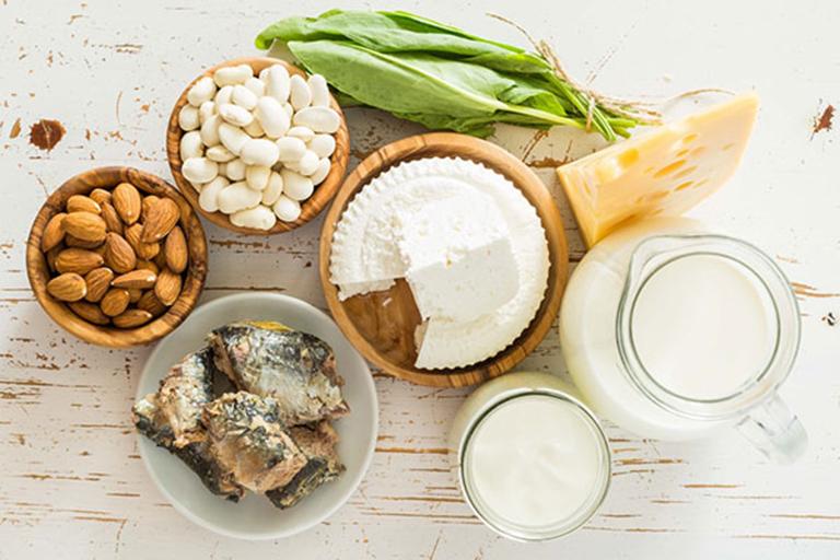 Thực phẩm giàu canxi hỗ trợ quá trình mọc móng