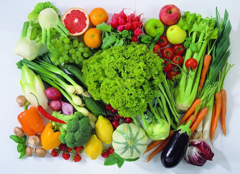 Thực phẩm giàu vitamin rất tốt cho người bị viêm da tiếp xúc