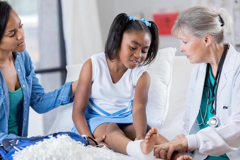 Triệu chứng viêm khớp dạng thấp ở trẻ em