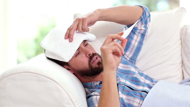 Triệu chứng của bệnh viêm đại tràng mãn tính