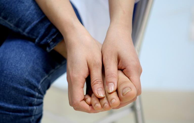 Viêm đau khớp ngón chân