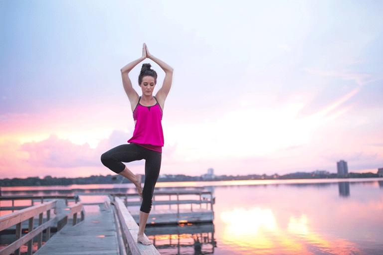 Yoga chữa thoát vị đĩa đệm