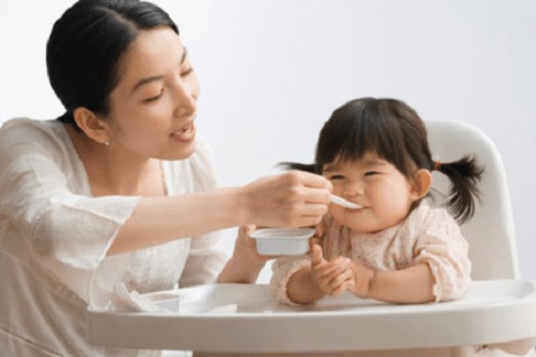 Thay đổi chế độ ăn uống để bé hồi phục tốt