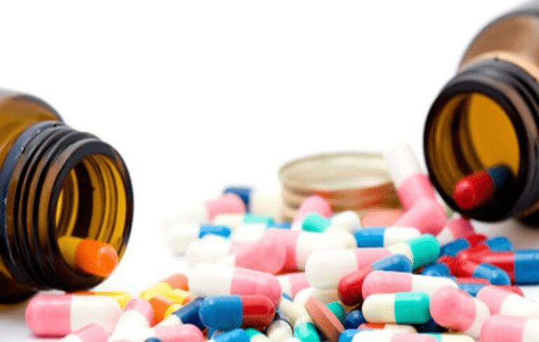 Giang mai có thể được điều trị bằng thuốc kháng sinh