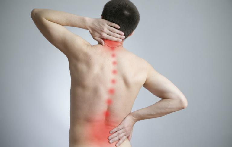 Các dấu hiệu nhận biết bệnh gai cột sống sẽ giúp bạn phát hiện ra bệnh và điều trị sớm, ngăn chặn biến chứng nguy hiểm.