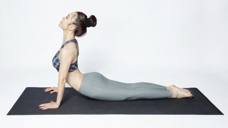 Tập luyện vật lý trị liệu giúp bệnh nhân gai cột sống cải thiện các cơn đau nhức, phòng tránh tê liệt tứ chi,...