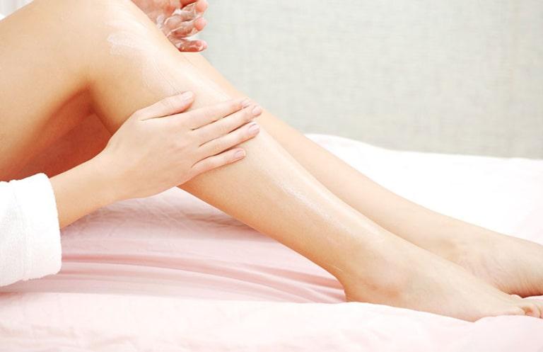 thuốc trị mụn nhọt ở chân