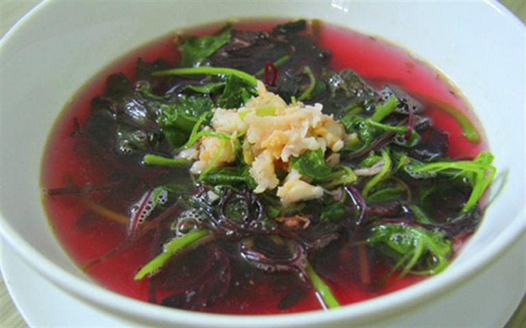 Canh rau dền là món ăn điều trị táo bón dễ làm,  dễ kiếm