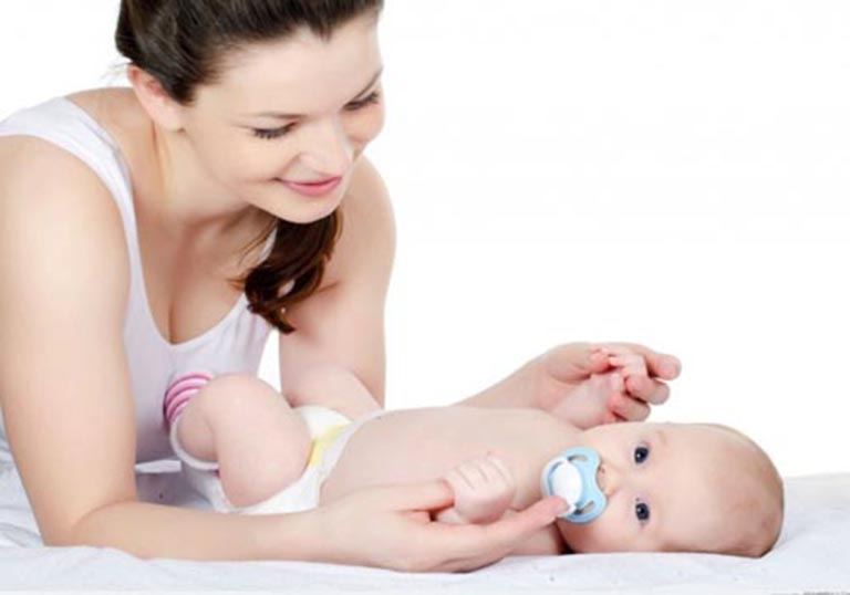 Cha mẹ cần chú ý phát hiện những bất thường của trẻ để có cách xử lý kịp thời