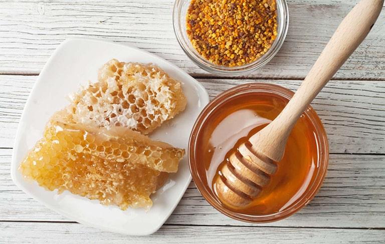 Chữa giời leo bằng mật ong