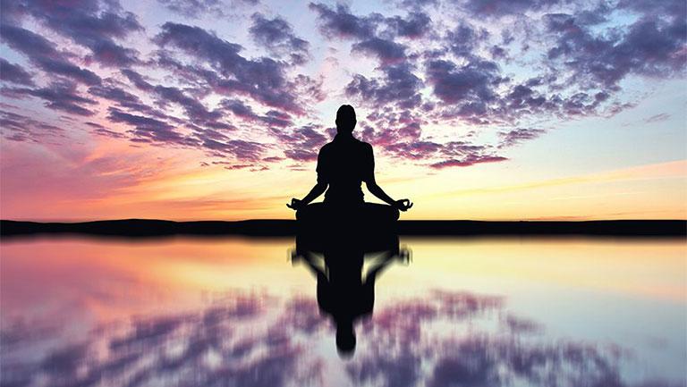 bài tập yoga chữa thoái hóa đốt sống cổ