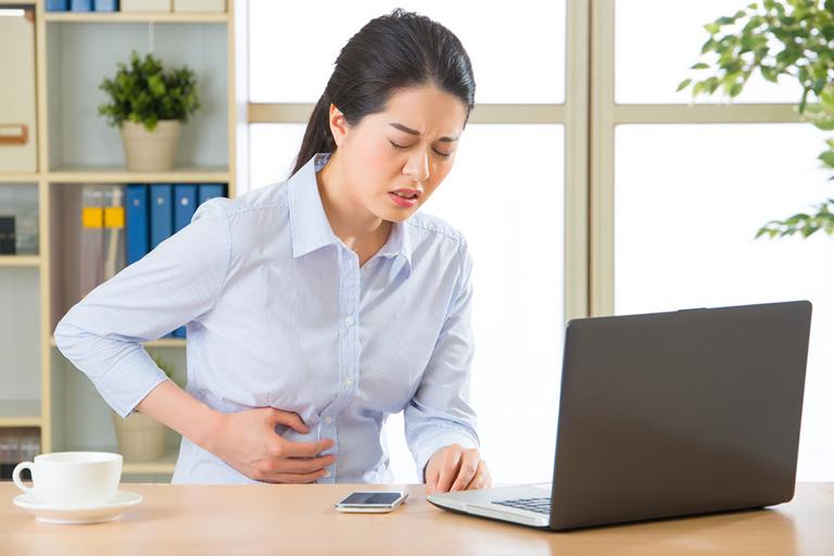 Khi dung nạp Lactose vào cơ thể gây đau bụng, khó tiêu