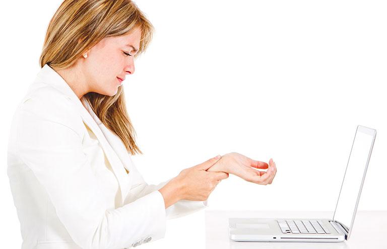 hiện tượng đau khớp ngón tay cái do hội chứng ống cổ tay