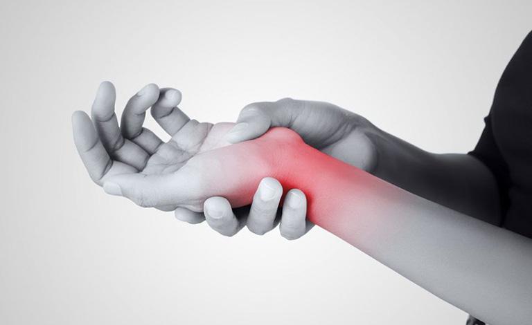 triệu chứng hội chứng ống cổ tay