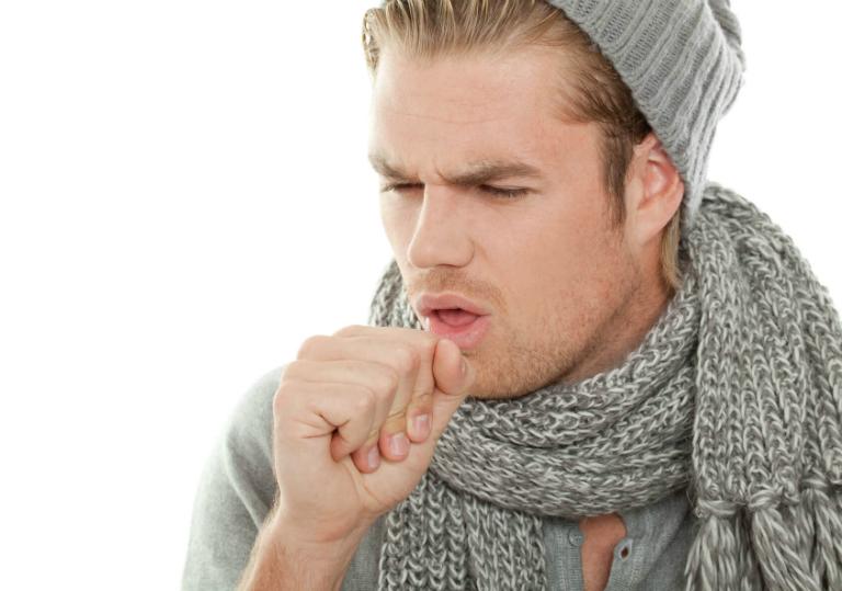 Lá bạc hà có vị the mát, có tính năng sát khuẩn. Do đó, lá bạc hà có thể diệt trừ vi khuẩn gây ho, giúp thông họng, dễ chịu.