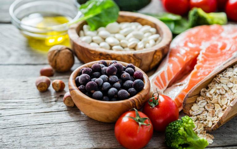 Dinh dưỡng đóng một vai trò rất quan trọng trong việc điều trị bệnh thủy đậu.