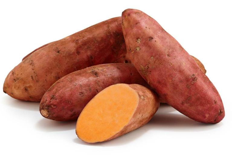 Người già bị táo bón có nên ăn khoai lang không?