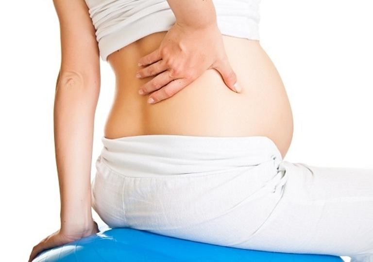 Nguyên nhân gây đau khớp háng khi mang thai tháng cuối