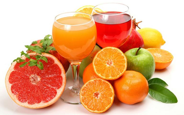 Bổ sung cho bé các loại nước ép hoa quả giúp tăng cường hệ miễn dịch