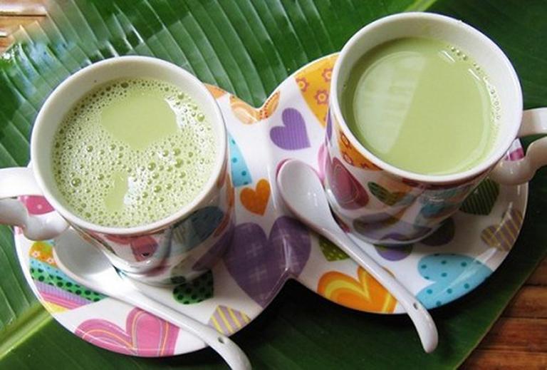 Sữa đậu xanh là thức uống thơm ngon, bổ dưỡng, có tác dụng điều trị bệnh gút
