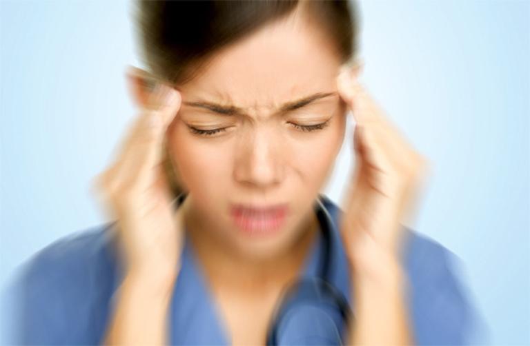 Thoái hóa đốt sống cổ gây thiếu máu não có nguy hiểm không?