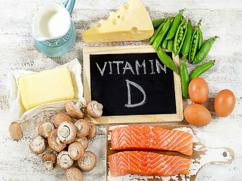 người bị thoái hóa đốt sống cổ nên ăn các thực phẩm giàu vitamin D