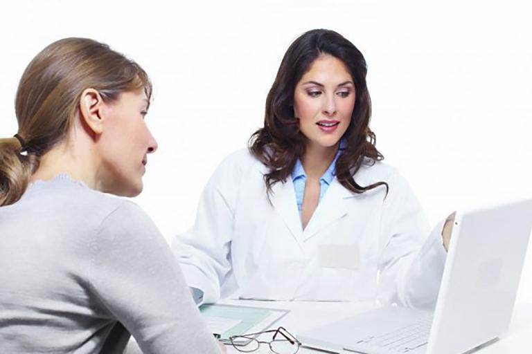 Thường xuyên đi khám phụ khoa định kỳ giúp phòng chống các bệnh phụ khoa