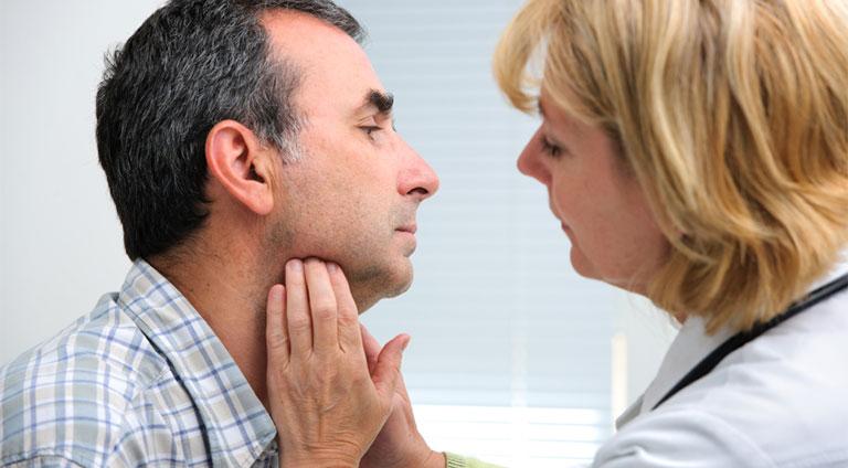 bệnh viêm họng có lây không