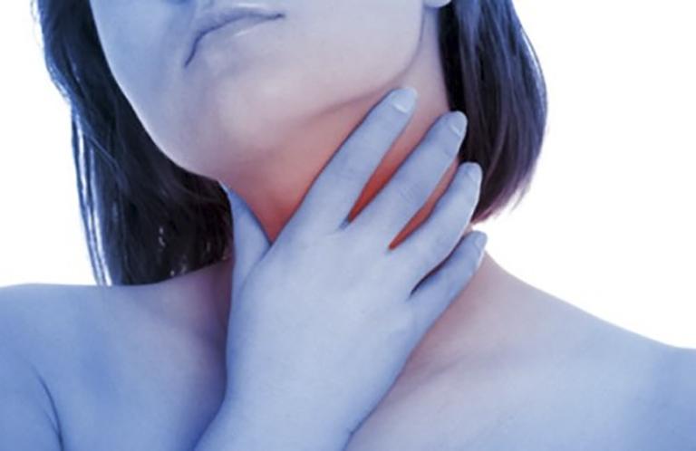 Viêm họng gây khó chịu, đau rát vùng cổ họng ảnh hưởng đến sức khoẻ người bệnh