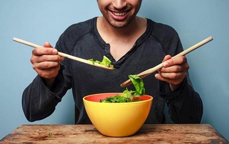 Chế độ ăn uống phù hợp giúp hỗ trợ điều trị ung thư tuyến tiền liệt ở nam giới