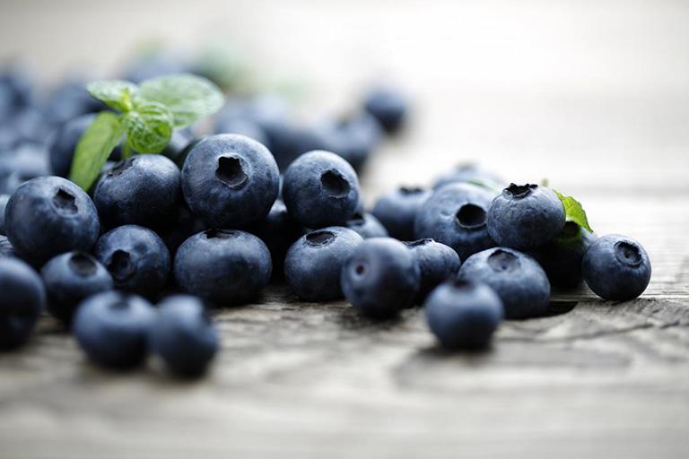 ăn việt quất để tăng chất lượng tinh trùng