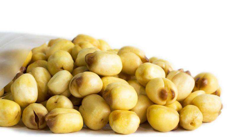 Cháo hàu nấu với hạt sen cũng là món ăn giúp tăng cường sinh lý, ham muốn ở nam giới.