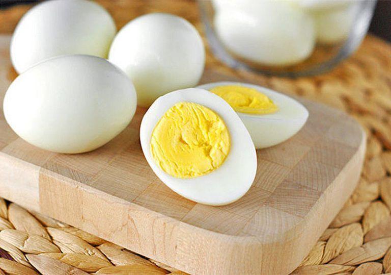 trứng gà là món ăn tốt cho tinh trùng