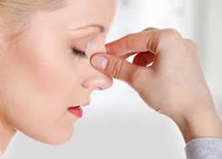 Các biến chứng cảu vẹo vách ngăn mũi gây ảnh hưởng xấu đến sức khỏe người bệnh