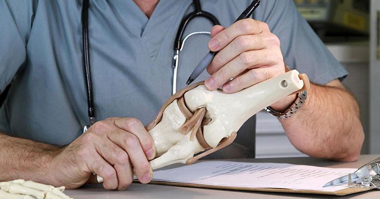 bác sĩ xương khớp giỏi ở hà nội
