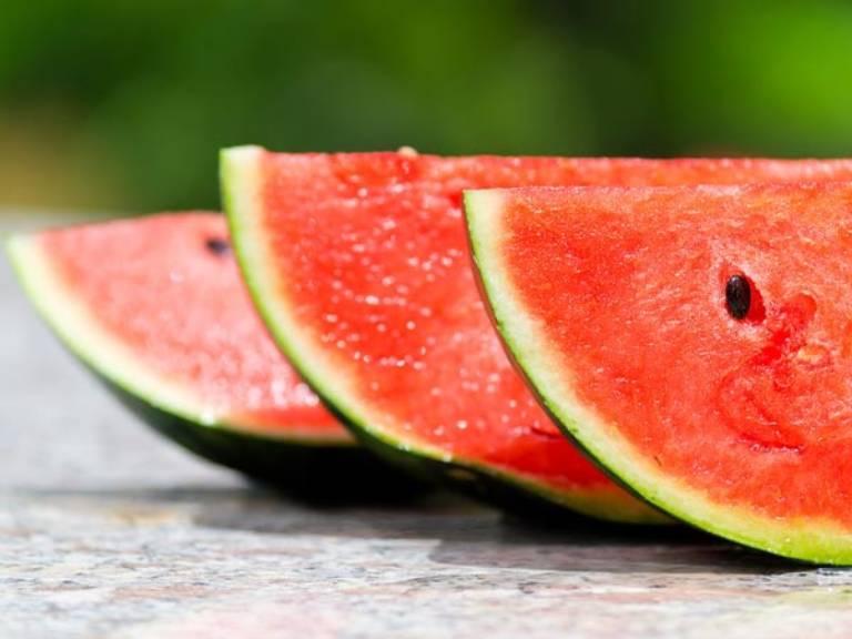 Vỏ dưa hấu vị ngọt thanh, tính mát, hỗ trợ kiểm soát đường huyết tốt