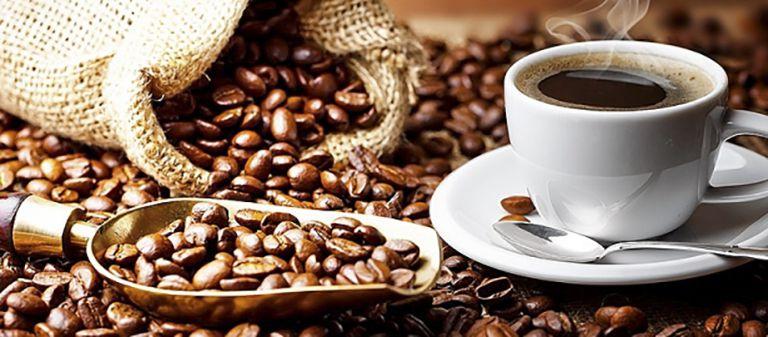 Caffeine có tác dụng lợi tiểu khiến cho cơ thể nhanh chóng bị mất nước