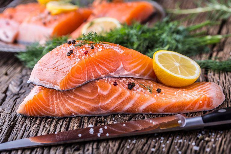 Tăng cường bổ sung cá vào chế độ ăn uống có tác dụng rất tốt đối với bệnh nhân bị tiểu đường