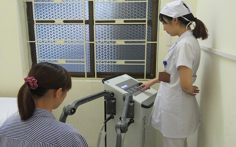 cách chữa viêm đường tiết niệu ở nữ giới bằng sóng ngắn